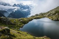 =<->==<->==<->==<->==<->==<->==<->==<->==<->= (--HgO--) Tags: tmb montblanc montagnes nature trek hiking trekking nikon d750 landscape mountains clouds cloud blue snow travel