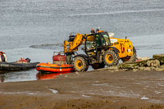2019 - 09 - 24 - EOS 600D - The Days Catch - Cockle Fishermen returning - 001 (s wainwright) Tags: 2019 september deeestuary flintshirescoast northwalescoast cocklefishers cocklers walescoastpath riverdee canon600d eos600d