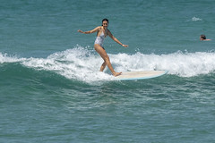 DSC02512 (slackest2) Tags: surfing surfboard surfer sea ocean waves water swell queensland coast longboard mal girlie girl coloundra
