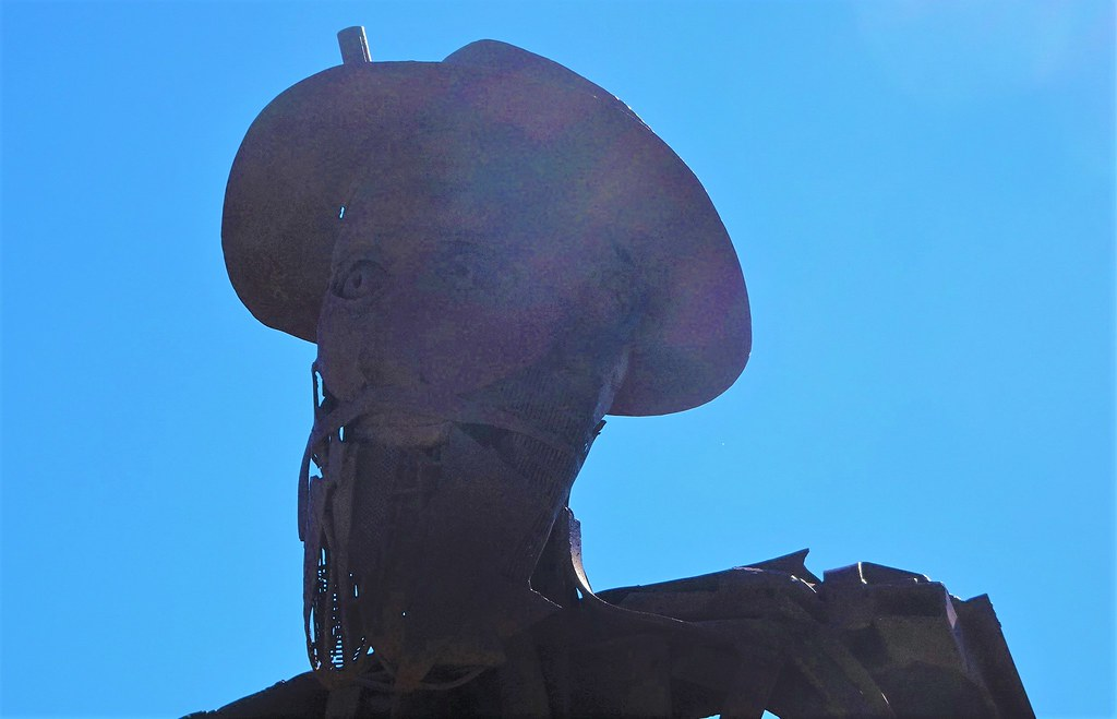 Kimba. The rusty sculpted head of Australian explorer Edward John Eyre who explored Eyre Peninsula in 1840.
