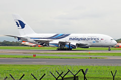 9M-MNF 4 Airbus A380-841 Malaysia Airlines (Thos Cook repatriations flts) MAN 25SEP19 (Ken Fielding) Tags: 9mmnf airbus a380841 malaysiaairlines aircraft airplane airliner jet jetliner widebody superjumbo aviation