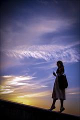 F_MG_4837-Canon 6DII-Tamron 28-300mm-May Lee 廖藹淳 (May-margy) Tags: maymargy 人像 逆光 剪影 夕陽 雲彩 街拍 波爾多 葡萄牙 台灣攝影師 portrait backlighting silhouette sunset clouds streetviewphotography porto portugal taiwanphotographer fmg4837 canon6dii tamron28300mm maylee廖藹淳 線條造型與光影 linesformandlightandshadow