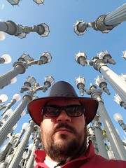 181125 - Los Angeles (15 of 47) (evan.chakroff) Tags: 101 2018 evan highway101 lacma pch us101 california highway labreatarpits losangeles losangelescountymuseumofart november pacificcoasthighway roadtrip self selfie usa