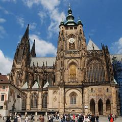 113992-Prague-Pano