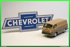 1966 Chevrolet G-10 (uslovig) Tags: modell modellauto modelcar model 187 h0 ho auto car transporter van 1966 chevrolet g10 g 10 87rpm