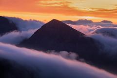 Ommadawn (Andrew G Robertson) Tags: scotland highlands assynt torridon sgurr an fhidhleir suilven cul mor clod inversion mist fog sunrise dawn
