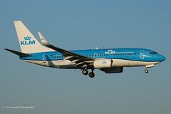 PH-BGK_B737WL_KLM_- (LV Aircraft Photography) Tags: ams 20042019 klm boeing b737 phbgk 38054 2010