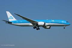 PH-BHC_B789_KLM (LV Aircraft Photography) Tags: ams 20042019 klm boeing b789 phbhc 38760 2015