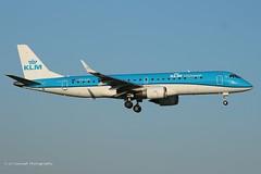 PH-EZC_E190_KLM Cityhopper_- (LV Aircraft Photography) Tags: ams 20042019 klmcityhopper embraer e190 phezc 2009 19000250