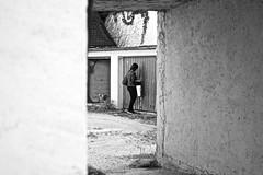 Key women (Burak Özkaya) Tags: bavaria germany street people streetsstorytelling worldstreetphotographers streetziers streetphotography fromstreet streetleaks streetfinder nonstopstreet sonyphotography spicollective cityphotography streetstyle streetphoto streetsgrammer capturestreet intercollective streetlife streetlove streetphotoawards streetlifeaward women monochrome opening workingday