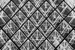 structure de la pyramide (Rudy Pilarski) Tags: lelouvre paris france francia architecture architectura architectural abstract abstrait structure structural structura pyramide forme form geometry géométrie géométria géométrique verre moderne monochrome modern nikon nb bw noiretblanc blackandwhite nuit night urbain urban urbano d750