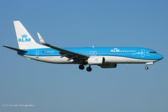 PH-BCA_B738_KLM_- (LV Aircraft Photography) Tags: ams 20042019 klm boeing b738 phbca 37820 2010