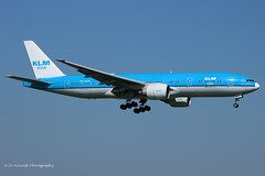 PH-BQN_B772_KLM_white radome (LV Aircraft Photography) Tags: ams 20042019 klm boeing b772 phbqn 32720 2006