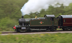 Panned Prairie (Treflyn) Tags: panned pan panning shot gwr great western 4575 class small prairie 262t 5541 steam whitecroft dean forest railway mike tyack photo charter