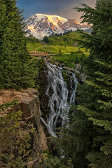 Sunrise Over Myrtle Falls (Phil's Pixels) Tags: myrtlefalls edithcreek sunrise daybreak dawn morning mtrainier volcano falls mtrainiernationalpark washington