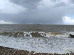 04/05/19 11:37:09 (HerneBayWX) Tags: herne bay weather hail rain downpour thunder trough wind april showers lightning deluge sleet