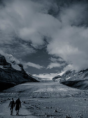 Athabasca Strolling (SnapSnare) Tags: canadian rockies athabasca glacier columbia icefield couple holding hands