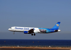 Thomas Cook A321 'G-TCDA' (Longreach - Jonathan McDonnell) Tags: thomascook dsc0834 airbus gcrr lanzarote gtcda a321