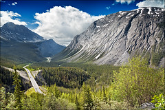icefields parkway (heavenuphere) Tags: icefieldsparkway road park canada jasper scenic ab national alberta parkway icefields jaspernationalpark canadianrockies canadianrockymountains highway93 world mountain mountains heritage nature landscape rockies site rocky canadian unesco rockymountains 24105mm