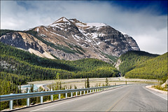icefields parkway (heavenuphere) Tags: icefieldsparkway icefields parkway jaspernationalpark jasper national park alberta ab canada highway93 scenic road canadianrockies canadianrockymountains rockymountains canadian rockies rocky mountains mountain landscape nature unesco world heritage site 24105mm