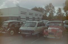 Renault 16 TX 1975 + Citroën 2CV 6 Spécial 1984 (929V6) Tags: 35ya68 r16 kk42ps sidecode4 deuxchevaux eend citromobile2005