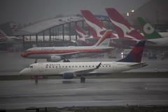 N608CZ Embraer ERJ-175LR Compass Airlines / Delta Connection (corkspotter / Paul Daly) Tags: n608cz embraer erj175lr 170200lr e75s 17000195 l2j a7e541 cpz cp compass airlines 2007 ptsxa 20071204 klax lax los angeles