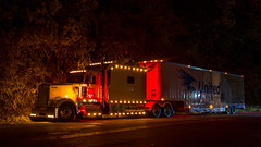 Kenworth W900 (NoVa Truck & Transport Photos) Tags: truck big rig 18 wheeler bedbugger hhg home household goods moving kenworth w900 united van lines corporate systems
