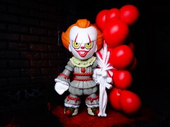 I ❤ Derry! (ridureyu1) Tags: pennywise it ilovederry clown funko pop funkopop bobblehead mysterymini toy toys actionfigure toyphotography sonycybershotsonycybershotdscw690