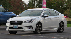 2019 Subaru Legacy (mlokren) Tags: 2019 car spotting photo photography photos pic picture pics pictures pacific northwest pnw pacnw oregon usa vehicle vehicles vehicular automobile automobiles automotive transportation outdoor outdoors fuji heavy industries subaru legacy white sedan awd all wheel drive