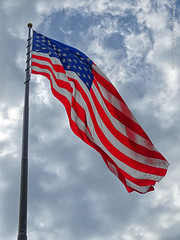 Big US Flag at Lewis & Clark Center, 12 July 2019 (photography.by.ROEVER) Tags: minnesota 2019 july july2019 vacation roadtrip 2019vacation 2019roadtrip minnesota2019roadtrip minnesota2019vacation iowa woodburycounty siouxcity lewisandclark lewisclark meriwetherlewis williamclark seaman lewisclarkinterpretivecenter lewisandclarkinterpretivecenter exterior outside flag usflag unitedstateflag bigflag bigusflag bigunitedstatesflag starsandstripes starsstripes usa