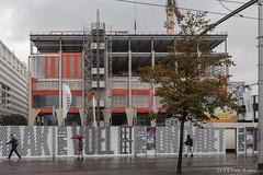 Spuiforum. Week 39 (2) (Pieter Musterd) Tags: occ spuiplein spuiforum cultuurpaleis pietermusterd musterd canon pmusterdziggonl nederland holland nl canon5dmarkii canon5d denhaag 'sgravenhage bouwplaats gevelkolom beton concrete turfmarkt