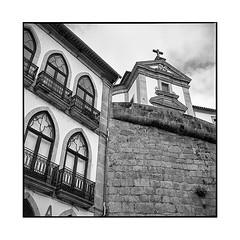 hierarchy • ponte da barca, portugal • 2019 (lem's) Tags: hierarchy hierarchie house chruch eglise maison ponte barca portugal rolleiflex t da architecture