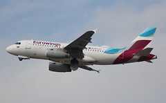 Eurowings OE-LYV Airbus A319-132 flight EW1915 departure from Dusseldorf DUS Germany bound for Munich MUC Germany (Cupertino 707) Tags: eurowings oelyv airbus a319132 flight ew1915 departure from dusseldorf dus germany bound for munich muc