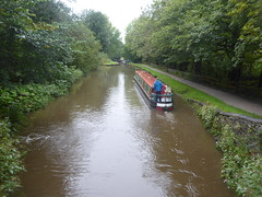 Barge leaving Lock No3, Marple.   (Peak Forest Canal)   September 2019 (dave_attrill) Tags: barge marple peakforest canal towpath peakdistrict nationalpark cheshire cheshirering oldknow september 2019 thomastelford