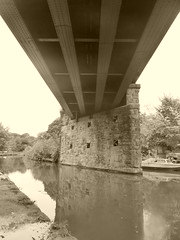 Railway bridge over Engineers Wharf, Marple.      (Peak Forest Canal)   September 2019 (dave_attrill) Tags: bridge engineerswharf marple peakforest canal towpath peakdistrict nationalpark cheshire cheshirering oldknow september 2019 thomastelford sepia