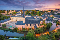 Luxembourg City. (Rudi1976) Tags: luxembourgcity luxembourg benelux aerial cityscape river urban outdoors europe oldtown city town 2019 traveldestinations architecture tourism building citylife dusk twilight illuminated blue landmark famousplace vibrant bright evening sky skyline church european fall reflection alzetteriver tower trees street historical landscape nopeople sunset exterior autumn view