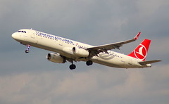 TURKISH AIRLINES TC-JSE  Airbus A321-231  flight TK1532 departure from Dusseldorf  DUS Germany bound for Istanbul ISL Turkey (Cupertino 707) Tags: turkish airlines tcjse airbus a321231 flight tk1532 departure from dusseldorf dus germany bound for istanbul isl turkey turkishairlines
