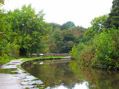 Canal towpath approaching Marple aqueduct   (Peak Forest Canal)   September 2019 (dave_attrill) Tags: aqueduct bridge marple peakforest canal towpath peakdistrict nationalpark cheshire cheshirering oldknow september 2019 thomastelford