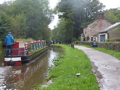 P1480817     Barge  approaching Lock No1, Marple Locks.   (Peak Forest Canal)   September 2019 (dave_attrill) Tags: barge cottage marple peakforest canal towpath peakdistrict nationalpark cheshire cheshirering oldknow september 2019 thomastelford