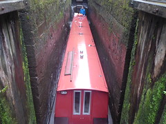 Barge lowering inside Lock No3, Marple Locks.   (Peak Forest Canal)   September 2019 (dave_attrill) Tags: barge marple peakforest canal towpath peakdistrict nationalpark cheshire cheshirering oldknow september 2019 thomastelford