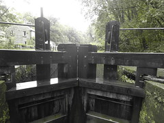 Gates at  Lock No1, Marple Locks.   (Peak Forest Canal)   September 2019 (dave_attrill) Tags: lockgates gates marple peakforest canal towpath peakdistrict nationalpark cheshire cheshirering oldknow september 2019 thomastelford