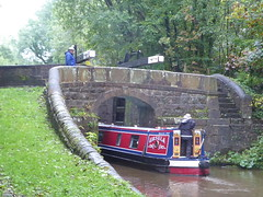 Barge entering Lock No1, Marple.  (Peak Forest Canal)   September 2019 (dave_attrill) Tags: barge bridge bottomlock marple peakforest canal towpath peakdistrict nationalpark cheshire cheshirering oldknow september 2019 thomastelford