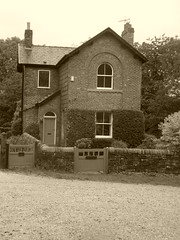 Lock keepers house, Marple.   (Peak Forest Canal)   September 2019 (dave_attrill) Tags: lockkeepers cottage acqueducthouse bottomlock marple peakforest canal towpath peakdistrict nationalpark cheshire cheshirering oldknow september 2019 thomastelford sepia
