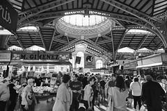 Mercat Central / Valencia (rob4xs) Tags: valencia mercatcentral markthal foodhall markt market mercat zw bw zwartwit blackwhite mgimenez architectuur architecture favorite vakantie holiday vacation spanje spain españa