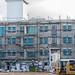 Baustelle in der Stadt: ein Gebäude wird komplett renoviert
