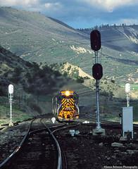 Into the Gap (jamesbelmont) Tags: shade sunshine generalrailwaysignal signal locomotive railway railroad train utah spanishforkcanyon soldiersummit gilluly tunnelmotor emd sd40t2 drgw riogrande