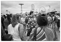 Coney Island, NYC - July 4, 2016 (_smith_) Tags: nyc coneyisland tmax400 ilfotecddx14 28mmelmarit leicamp 20160704r1fr18