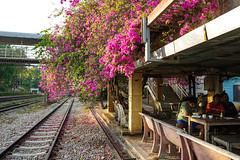 Nabon Train Station (Xingjian) Tags: sonya7iii sonyfe28mmf2 thailand