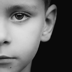 DSCF1814-10 (YouOnFoto) Tags: black white zwart wit portret portrait closeup dichtbij boy boys jongen broer soft eyes dark lowkey fujifilm xt20