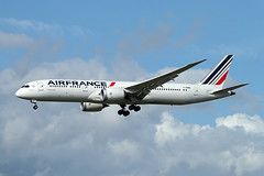 Air France   B787-9   F-HRBE (Globespotter) Tags: pariscdg air france b7879 fhrbe